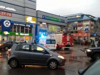 В Великом Новгороде неизвестные сообщили о минировании торговых центров и гостиниц