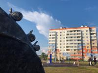 В Великом Новгороде появился памятник улиткам